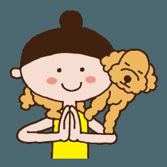 ヨギーニと犬のヨガスタンプ