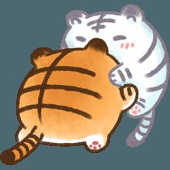 ボールのような白虎 2